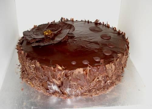 156690_27Oct09_chocolate_orange_cake_small_vs.JPG