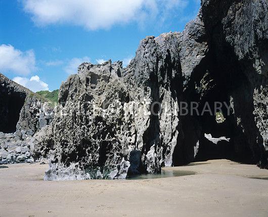 E2850107-Coastal_erosion-SPL.jpg