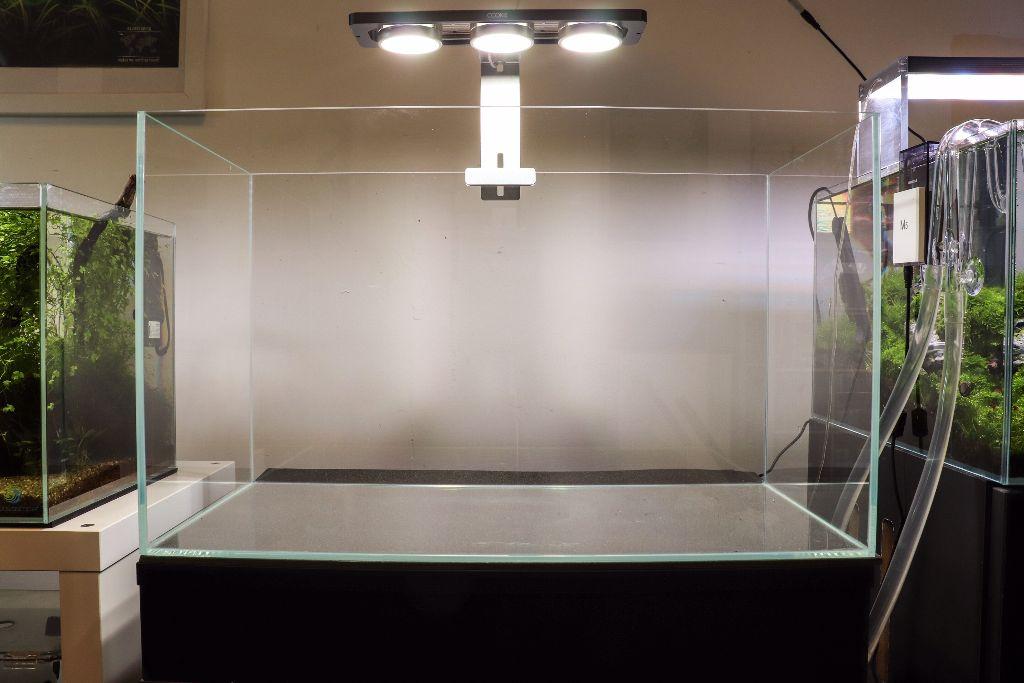 hite-36-by-ag-glass-aquarium-36x22x26cm-[2]-3387-p.jpg