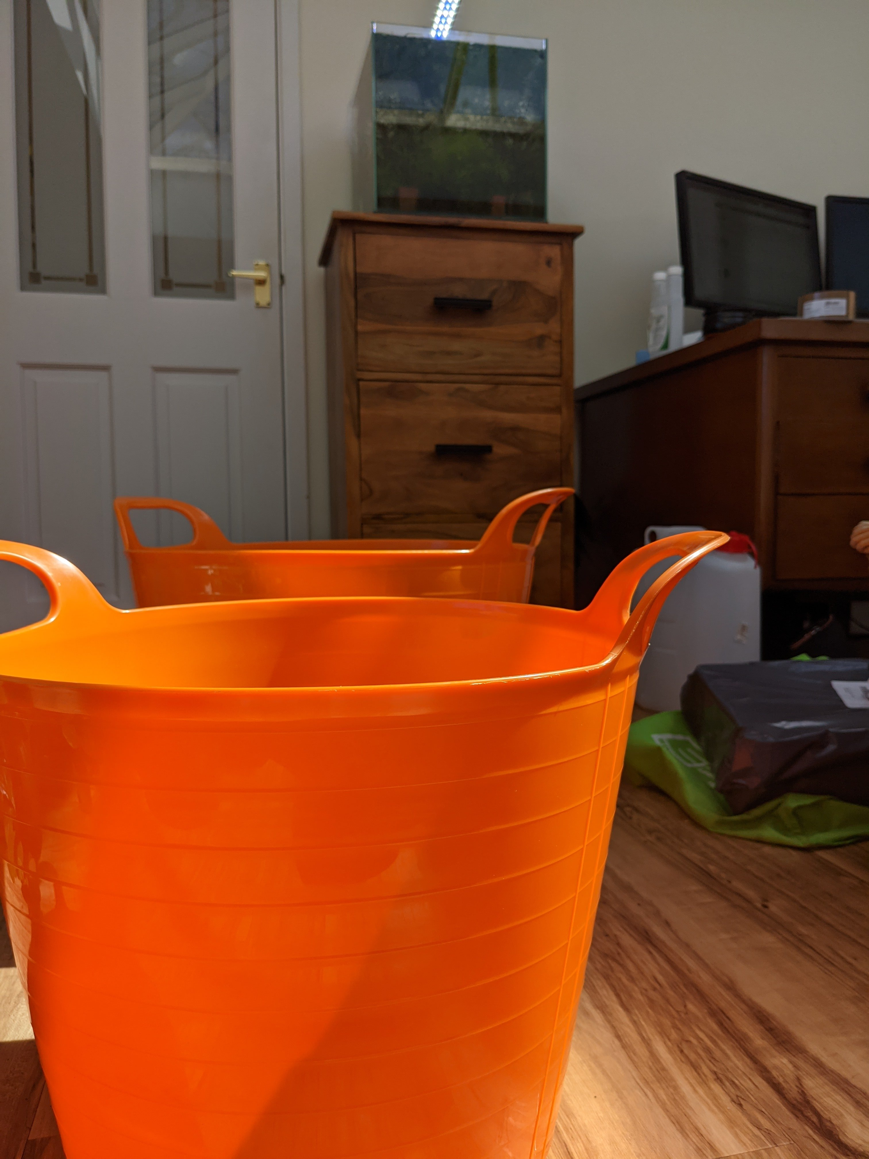 Orange_Buckets.jpg