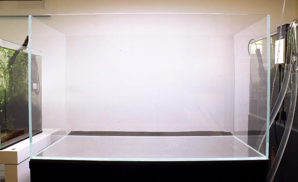 ptiwhite-36-by-ag-glass-aquarium-36x22x26cm-3387-p.png